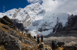 Approaching Everest Base Camp